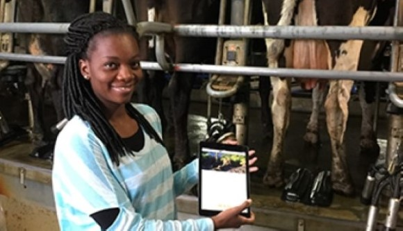 picture of Neriah Broughton with her app